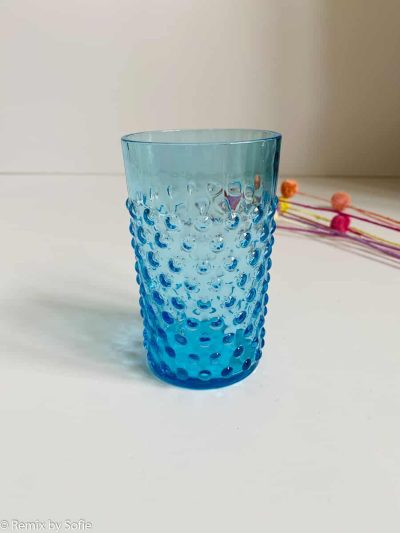 pindsvine glas i mørk aqua