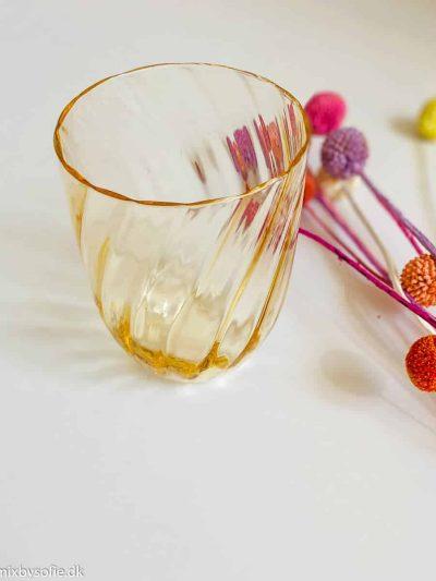 Anna von lipa swirl glas i lys amber