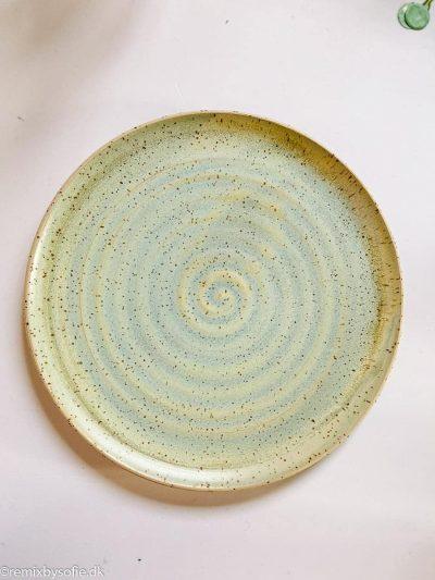 émber keramik, keramik, keramik tallerken, kagetalllerken, sidetallerken, tallerken i keramik