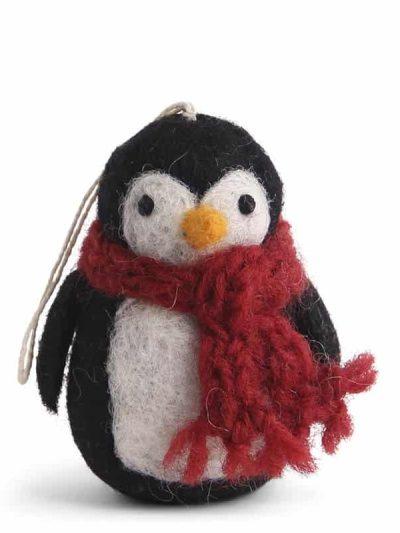 pingvin, uldpingvin, pingvin til pynt,filtede julegaver, juletræspynt, pynt til juletræer,fluesvampe i filt, svampe i filt, filtede svampe,, bæredygtig jul, én gry & sif, en gry & sif, filt julepynt, julepynt i filt, filt fra nepal