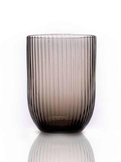 bambus black smoke, anna von lipa, remix by Sofie, anna von lipa glas, mundblæste glas, handblown glass, glas, drikkeglas, vandglas, farvede glas, mix og matck glas, mix & matck glas, tumbler, wawe glas, swirk glas, harlekin glas, spiral glas, bambus glas, oliveglas, borddækning