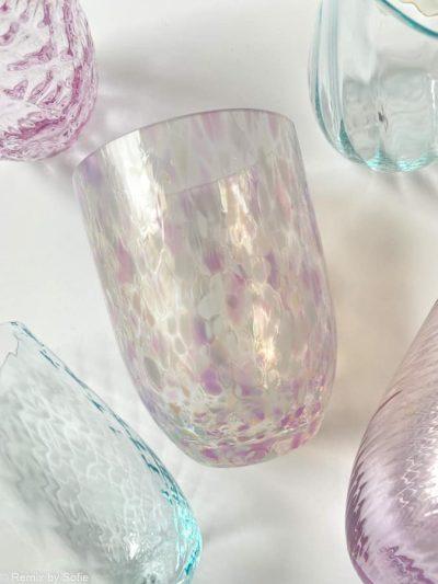 confetti glas silky, colorit, anna von lipa, remix by sofiemundblæst glas, confetti, farvet glas, opal glas, opalglas,bordækning,anna von lipa mix & match, swil glas, wawe glas, harlekin glas, tumbler, vand glas, drikkeglas, drinking glass, kolorit