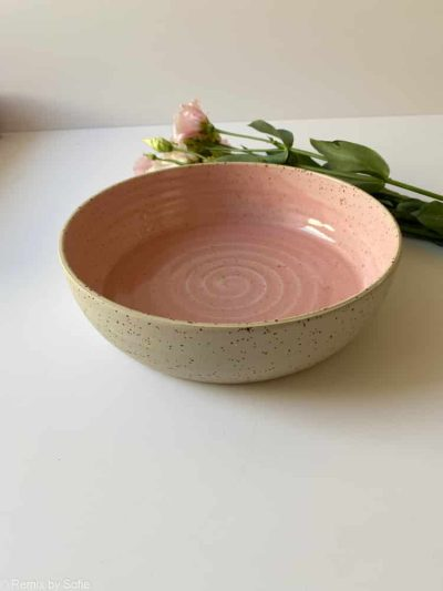 lyserødt keramik fad, fad med høj kant, keramik fad, serveringsfad, fad ember keramik, fad émber keramik