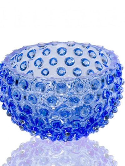 skål i l lyseblå, Anna von lipa glas, anna von lipa tapas skåål, hobnail glass, hobnail bowl, remix by sofie, tapas skål, glasskål, lille glasskål, pindsvine sklå, hobnail glass, handblown glass