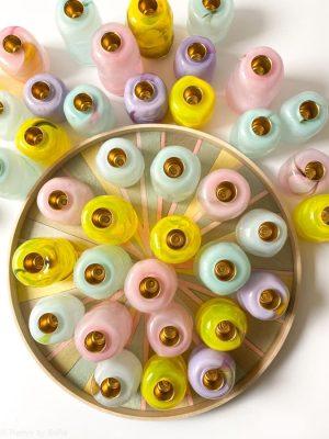 glass blow, mundblæst glas, mundblæst glas, mundblæste lysestager, lysestager fra glass blow, bordækning, lysestager, rund lysestage, rosa lysestege, gul lysestage, lilla, lysestage
