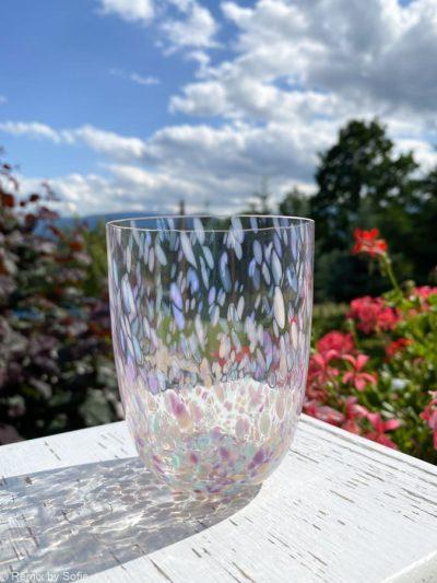 Confetti glas pastello, ,splash glas, anna von lipa big splash, opal glas, opaline glas, bohemian glasses, handblown glasses, mundblæste glas, glas med opal spots, remix by sofie, anna von lipa forhandler