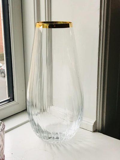 vase med guldkant