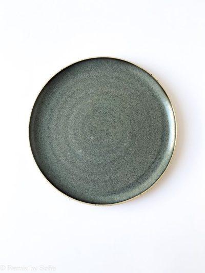 blågrå tallerken, bordækning, tableware, keramiktallerken, stentøjstallerken, Émber keramik, keramik tallerken, remix by sofie,